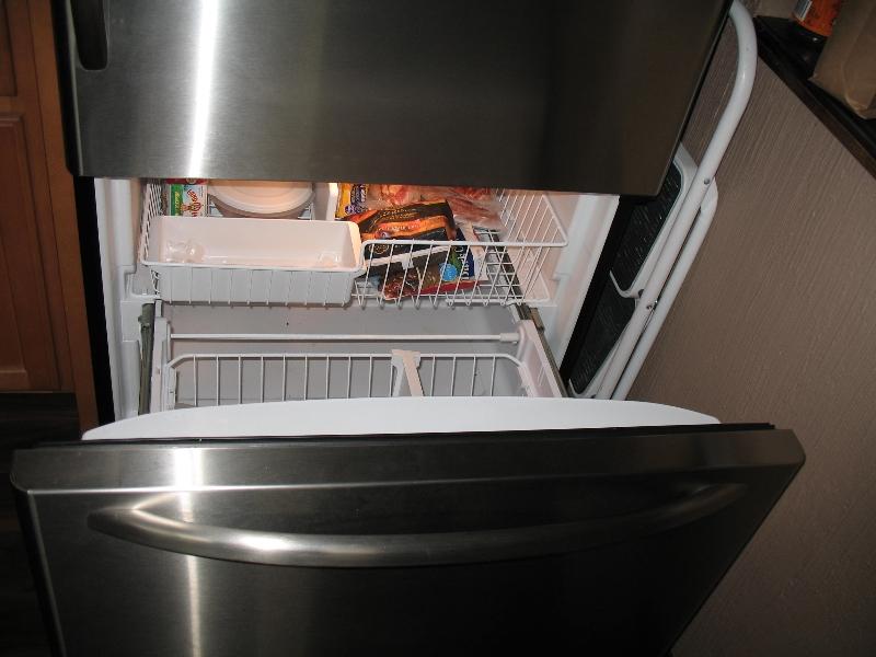refrigerator03
