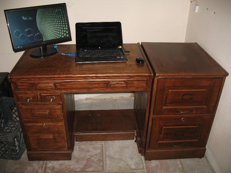 sm-desk-01